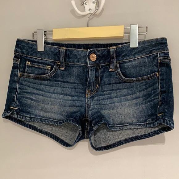 AMERICAN EAGLE Jeans short strech Size 4